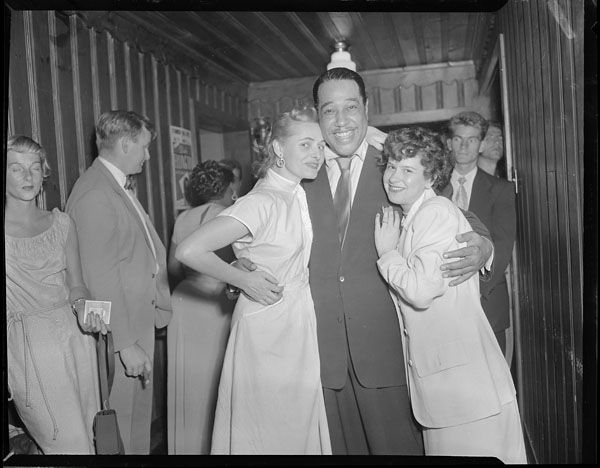 Duke Ellington at the Standish Hotel. Hull, QC, 1950 (Credit: Berens, Michael/Library and Archives Canada/e002343721)    Jennie Anderson onto L'histoire ouvrière (Hull, QC