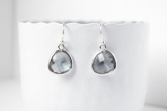 Retrouvez cet article dans ma boutique Etsy https://www.etsy.com/be-fr/listing/194901826/boucles-doreilles-diamant-noir-en-argent