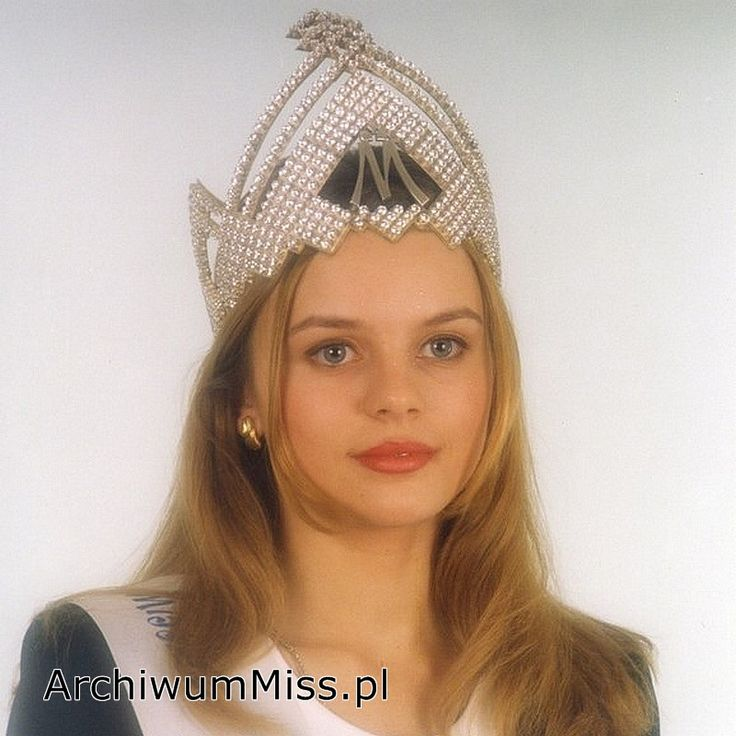 Anna Kowalczyk #MissPolski 1996 #winner #najpiekniejszapolka #themostbeautifulgirl #misspoland #crown