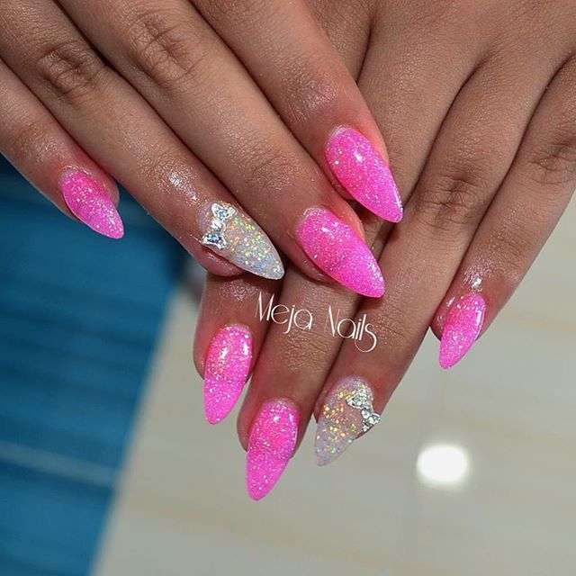 #mywork #nails #pinknails #chicknails #nailswag #nailwow #nailworld #nails2inspire #naildecoration #nailpolish #uvgel #gelnails #3ddecor #glitternails #glitter