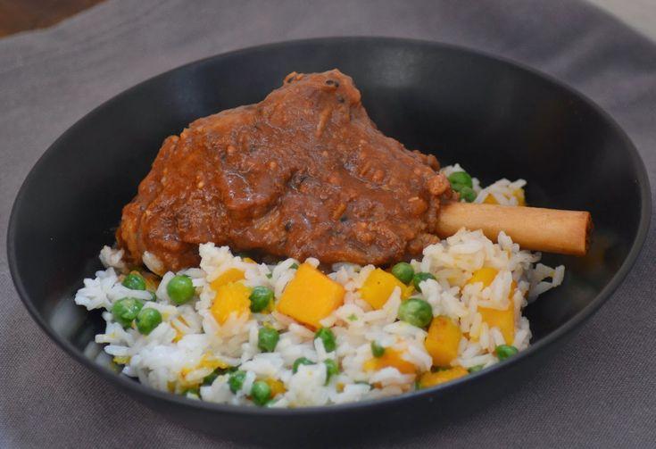 Lamsbout uit de oven met Indiase saus