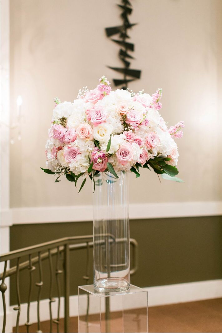 Chapel Florals at Piazza in the Village - Blush wedding inspiration