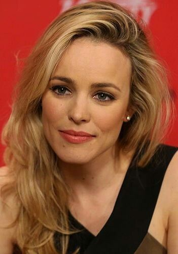50 Knockout Date-Night Hairstyles - Rachel McAdams. took me awhile to realize shes from mean girls and the notebook....