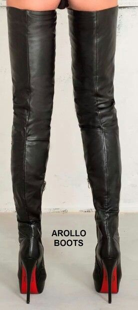 6c849b26e86a High thigh boots! Right up to her ass cheeks! Mens New Years Eve Outfit