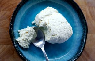 How to make ricotta cheese sous vide