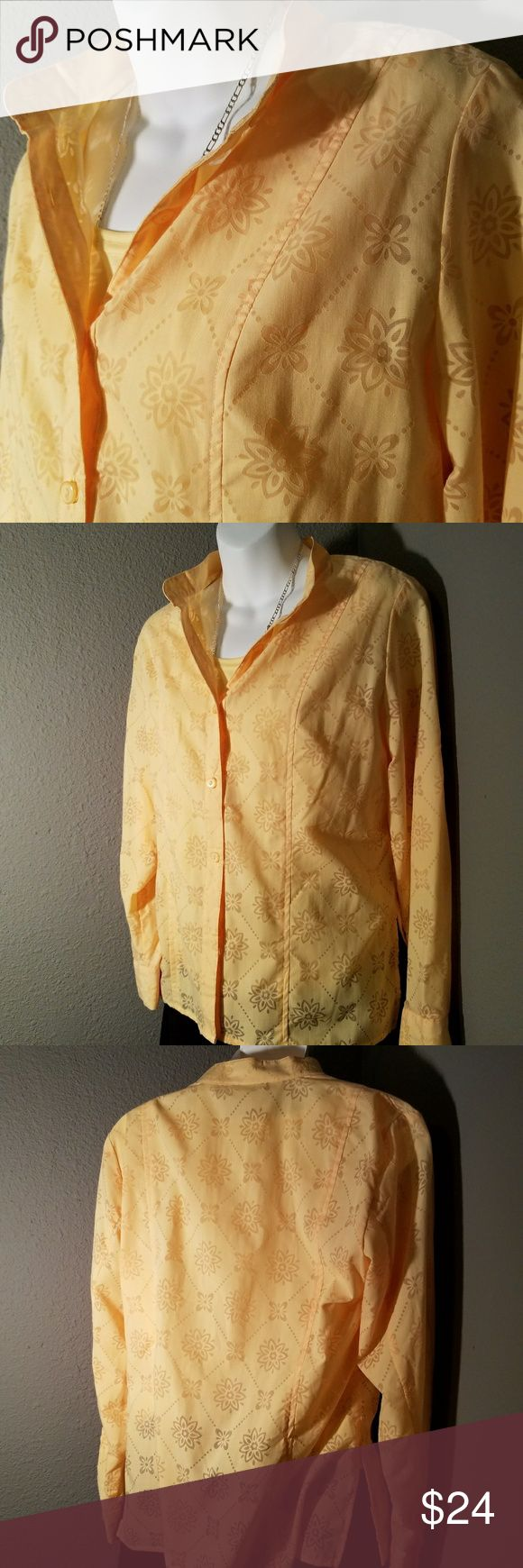 EUC Alfred Dunner yellow button down & tank 6P Sunflower yellow button down with attached tank. Bring cheerful sunshine everywhere you go in this like new top, 55% cotton and 45% polyester. Mandarin collar and button straps to fold sleeves  6P Alfred Dunner Tops
