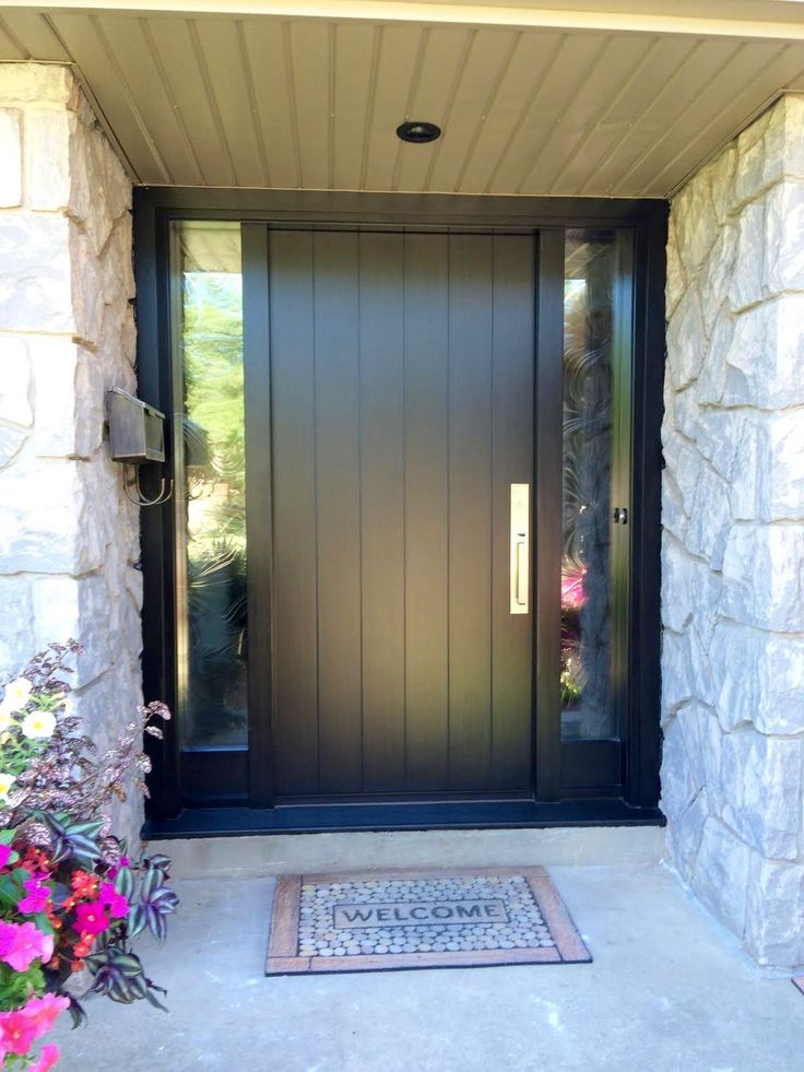 Amberwood Doors Inc: This Home Owner Chose A Gorgeous Contemporary Custom
