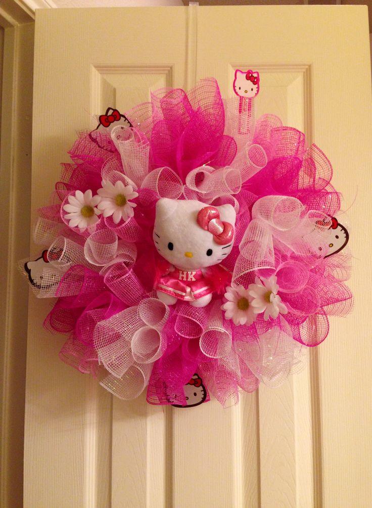 Hello Kitty wreath  http://www.susiesdesigns.net