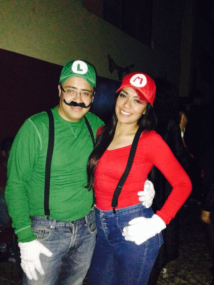 Mario Bros costume for couples.