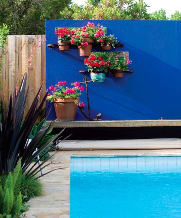 pool v garden - photography: Roma Samuel, design: Kate Seddon