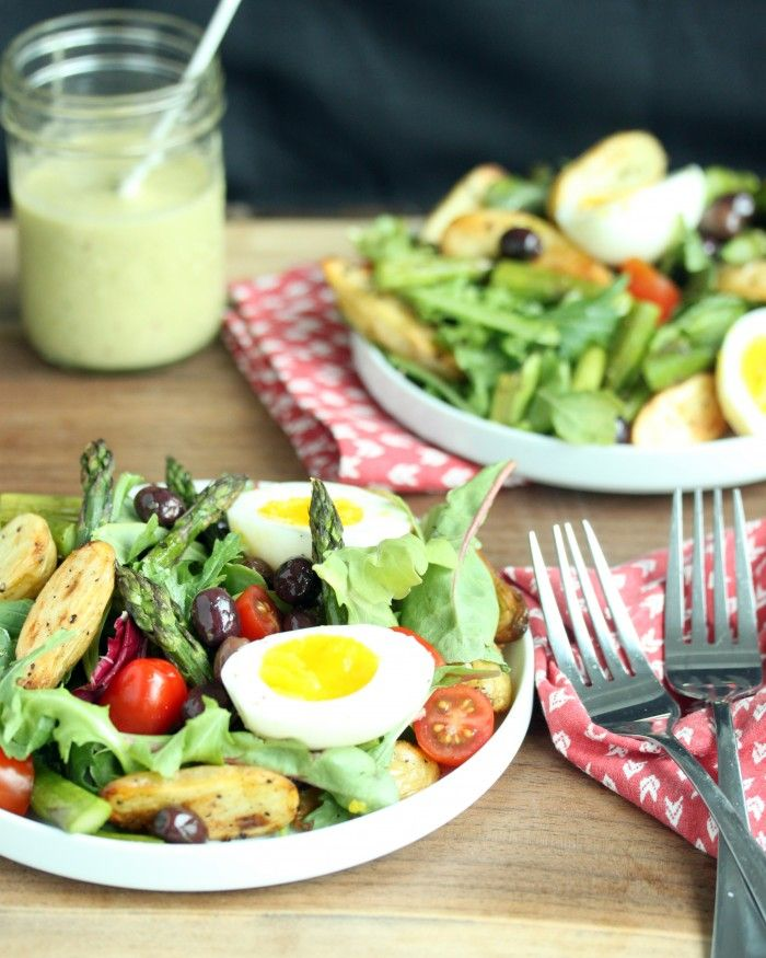 Roasted Asparagus Salad with Tarragon Vinaigrette // lynseylovesfood