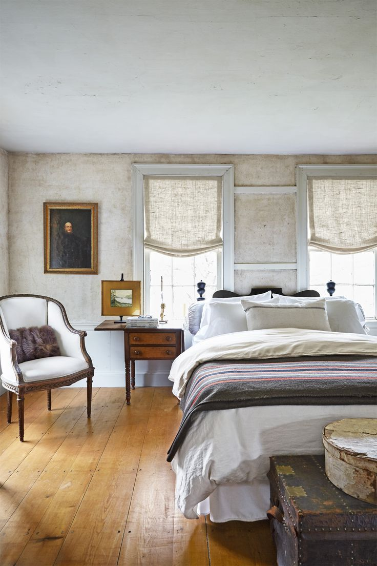 694 best images about farmhouse bedrooms on pinterest master bedrooms country bedrooms and Urban farmhouse master bedroom
