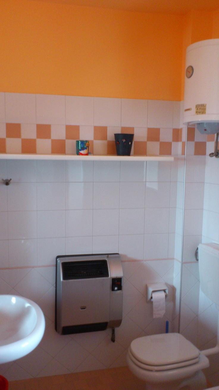 RESIDENCE LE TERRAZZE SUL MARE SAN MAURO MARE bagno arancione