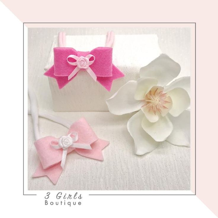 Dainty Bow                      – 3 Girls Boutique