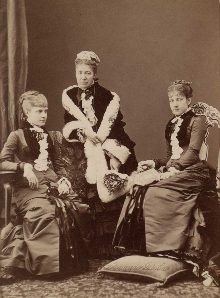 Archduchess Maria Karoline of Austria-Teschen (1825-1915) (center) between Infantas Eulalia (left) and Paz of Spain (right)