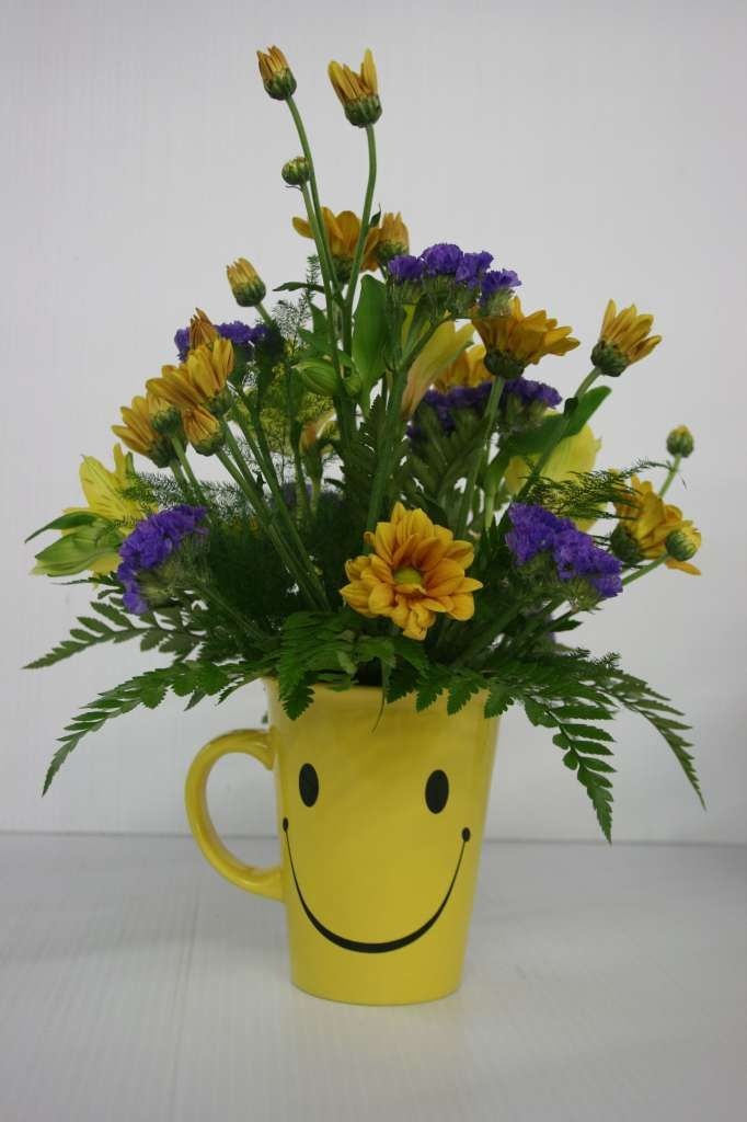 Say good morning to your love ones by gifting #fresh #yellow #flowers http://www.deliverfeelings.com/