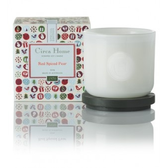 Our delicious Red Spiced Pear Christmas candle - a prefect Christmas gift (for you or someone else).
