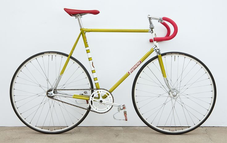 """Legnano Pista, 1960, Campagnolo Pista 48T chainring (giving a 92.6"""" gear with a 14T rear), Cinelli bars, Fiamme Red Label rims on Campy Pista hubs, reproduction paintjob by Brian Baylis. 01/05"""