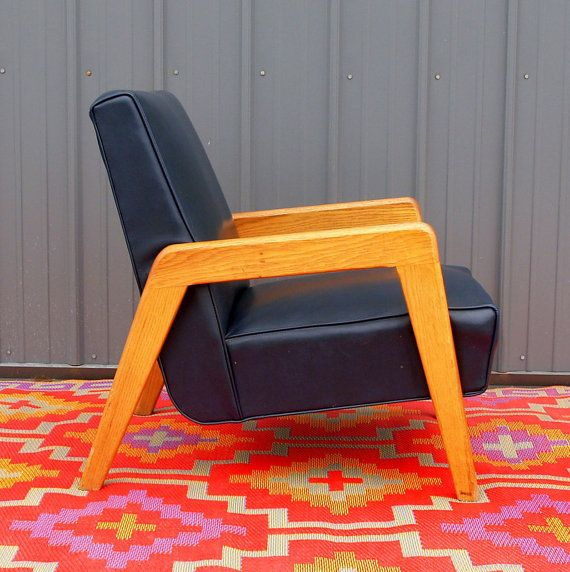 VINTAGE MCM BEAUTY - Navy Blue Leather Danish Modern Lounge Chair - Scandinavian Design Furniture