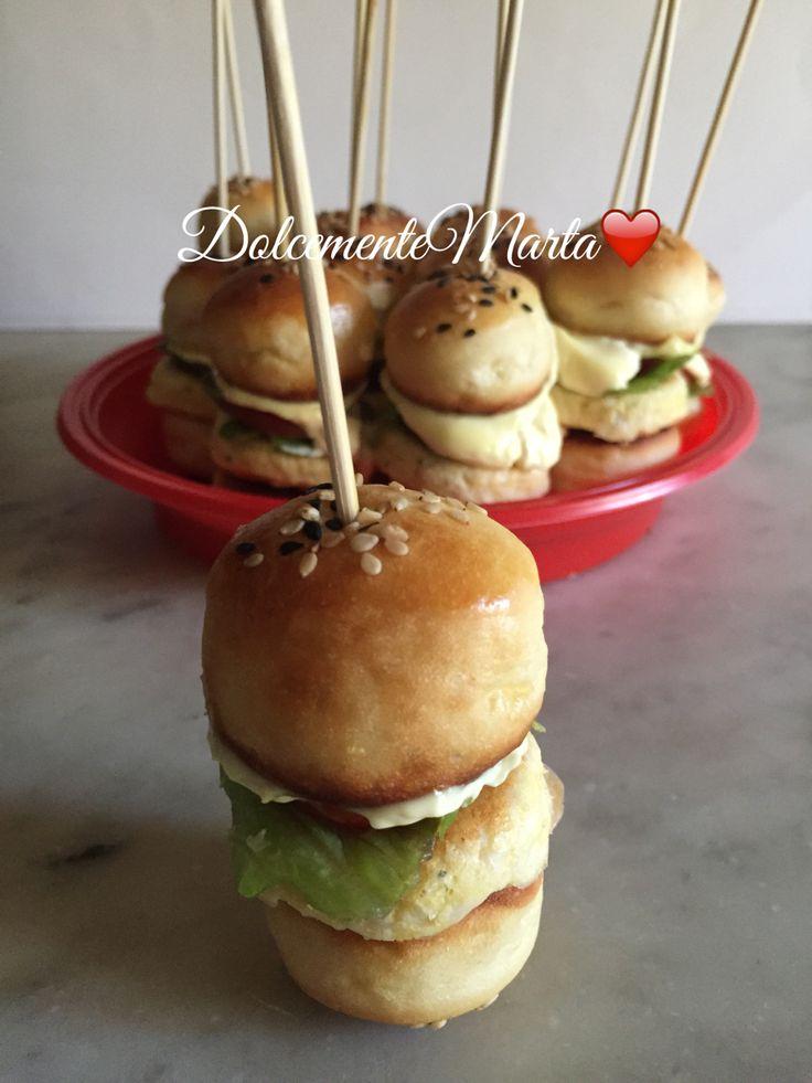 Mini hamburger di pollo (ricetta di Luca Montersino)