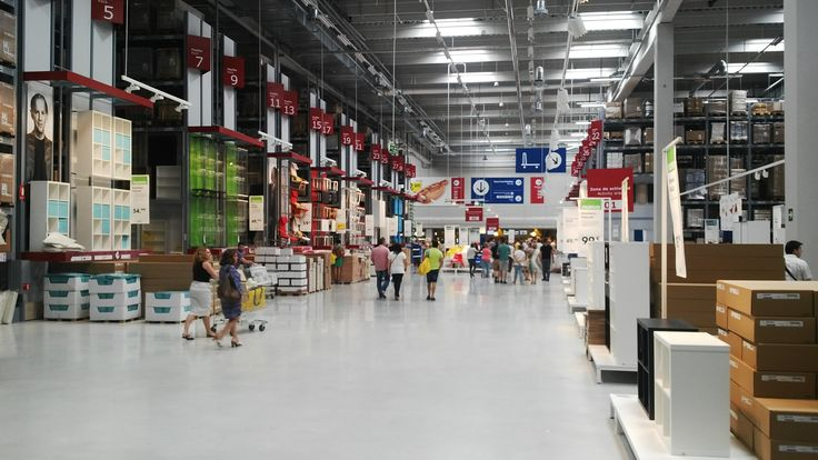 El nuevo edificio sostenible de Ikea Alfafar (Valencia) tiene Iluminación Natural Prismáticos de Altas Prestaciones de LledoSunoptics.