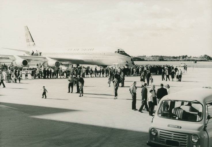 Opening day Auckland airport 1965 - TEAL DC-8