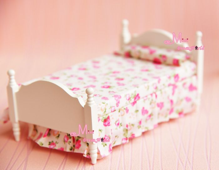 Find More Doll Houses Information about Free shipping! 1:12 Dollhouse Miniature Furniture Bedroom Wood Princess FLORAL single bed,High Quality bed tent,China furniture hotel Suppliers, Cheap bed linen egyptian cotton from Minidreamworld on Aliexpress.com