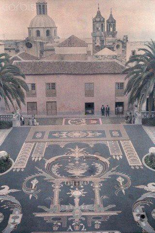 Tapiz Central de la Plaza del Ayuntamiento. 1929. La Orotava, Tenerife. Canary Island