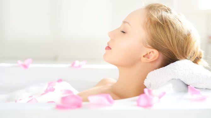 Kúpeľ s angelikou lekárskou vám dodá energiu a zbaví vás stresu.