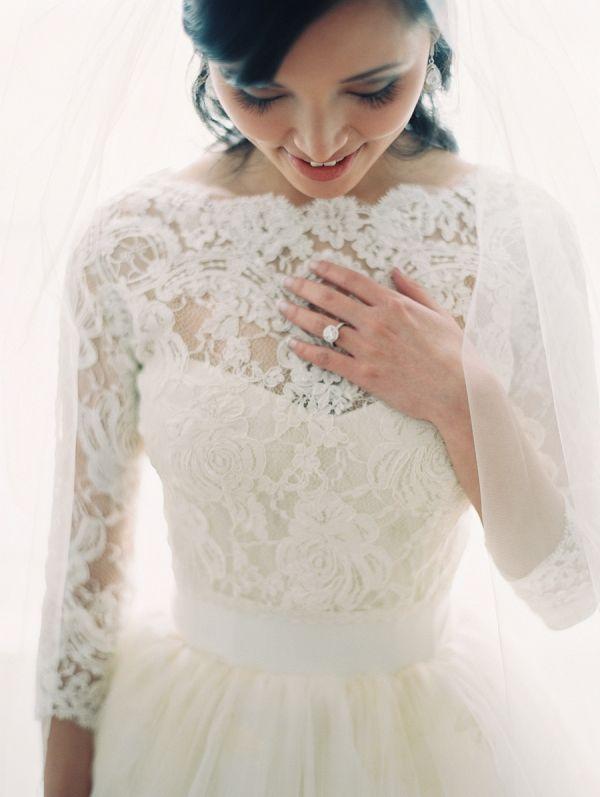 Elegant Lace Boatneck Wedding Dress