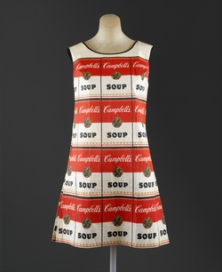 cool dress. would like to see an exhibit. //Paper dress, 1966/67. Metropolitan Museum of Art.