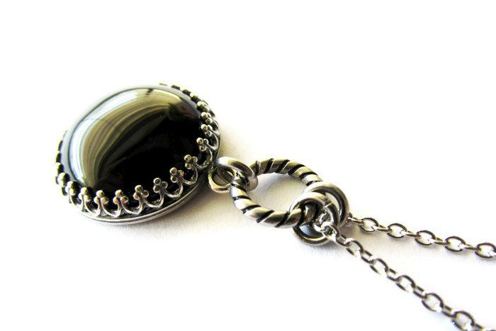 Crown Framed Circle Black Onyx Cabochon Pendant Necklace — Mary Grace Jewellery