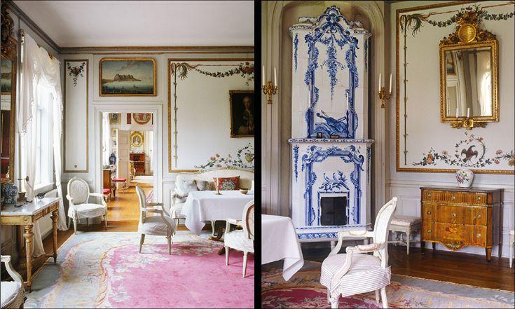 Salongens dörröverstycken med kustlandskap är målade efter förlagor i kopparstick. Kakelugnen är utförd på Gotland på 1910-talet, en skicklig imitation av en tidig Rörstrandsugn.