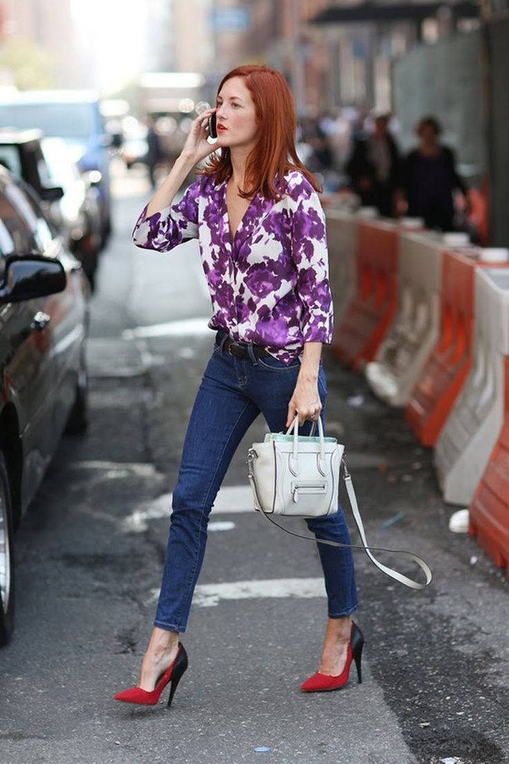 Taylor Tomasi Hill - street style at its best - purple and red, Purple Print Blouse, Skinny Jeans, Red  Black Heels