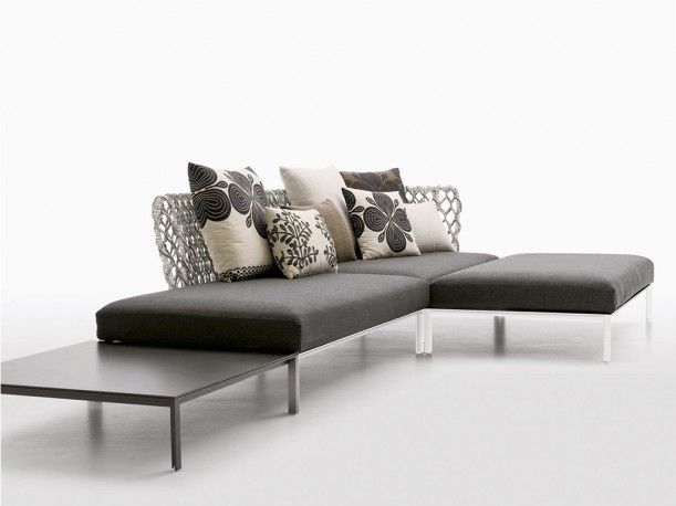 ravel outdoor sofa designed by patricia urquiola for b b. Black Bedroom Furniture Sets. Home Design Ideas
