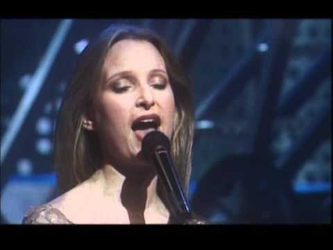 Eurovision 1996 - Ireland - Eimear Quinn - The voice