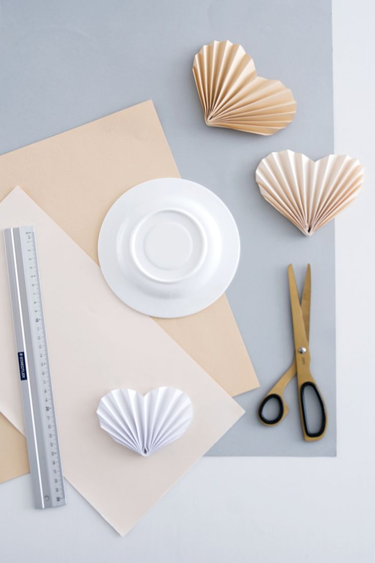 DIY Papierherzen falten