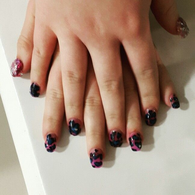 Gel and nail art with Valentines Day theme