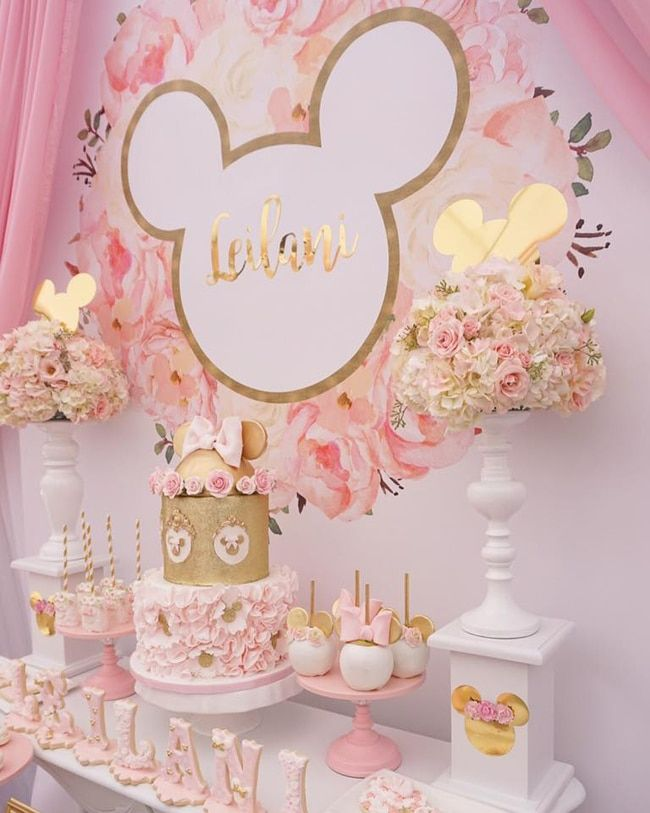 Pink And Gold Minnie Mouse First Birthday Party Pretty My Party Mini Mouse Birthday Party Ideas Minnie Mouse First Birthday Minnie Party