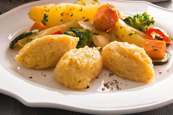 Stufato di verdure con quenelle di polenta | Polenta Valsugana