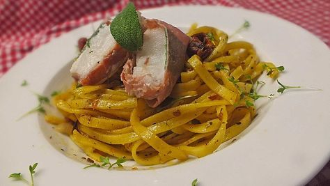 Seeteufel-Saltimbocca, ein schönes Rezept aus der Kategorie Fisch. Bewertungen: 11. Durchschnitt: Ø 4,4.