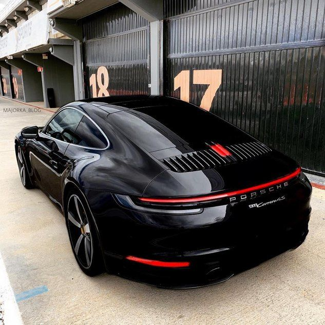Porsche 992 Carrera 4s Porsche Cars Porsche 911 Best Luxury Cars
