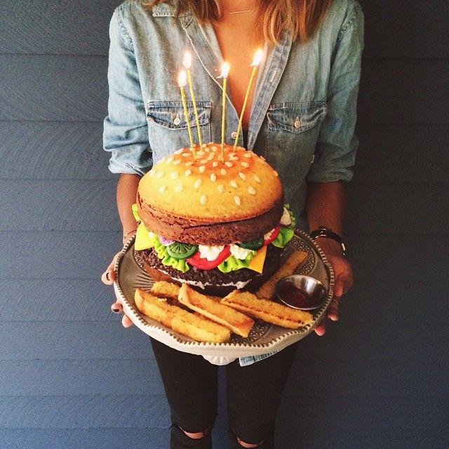 ... Burger Cake auf Pinterest  Fondant torten, Hamburger kuchen und