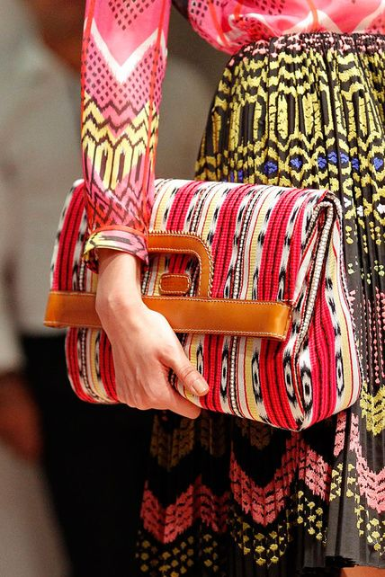 This clutch has such a Cinco de Mayo friendly pattern. Love it. Brought to you by Shoplet.com - everything for your business.