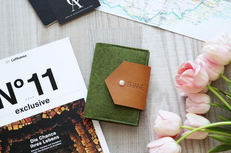 Büchertaschen - Reisepass Hülle // Leder Pass Etui // Kreditkarten - ein Designerstück von ao_businessentials bei DaWanda
