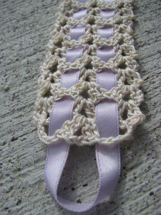 Vintage Crochet Bookmarks {Floralshowers} Free tutorial.