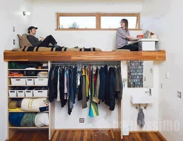 cama de casal suspensa com escada