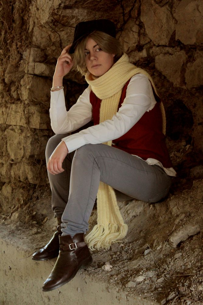 Crow - Black Market by Kerl-hau [ Professor Layton and the spectre's call ] • Photo by Reyray : https://www.facebook.com/reyraycosplay