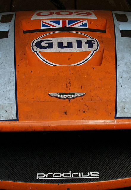 Nothing better than a dirty race car: Aston Martin DBR9Gulf