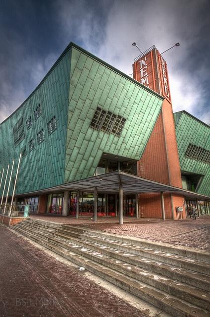 Nemo Science Center /Renzo Piano